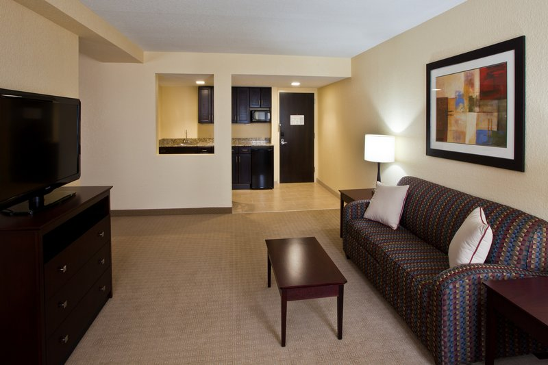 Holiday Inn Express & Suites Ft. Lauderdale N Exec Airport