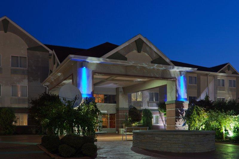 Holiday Inn Express Hotel & Stes Port Clinton Catawba Island