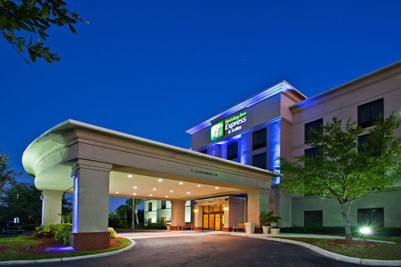 Holiday Inn Express Hotel & Suites Tampa Anderson Rd / Veteran