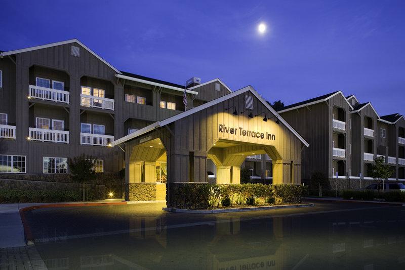 River Terrace Inn a Noble House Hotel