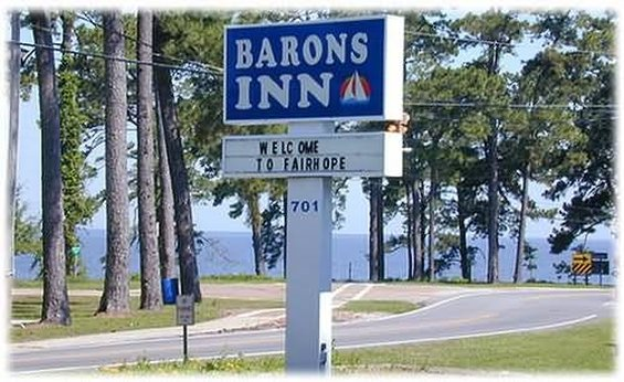 Barons By The Bay Inn-Fairhope