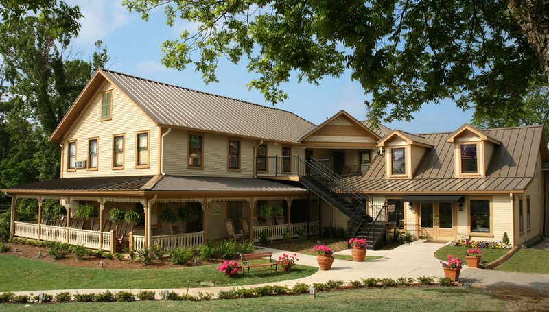 The Smith House Historic Hotels Of America