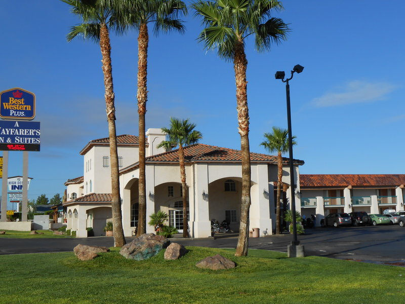 BEST WESTERN PLUS A Wayfarer's Inn And Suites
