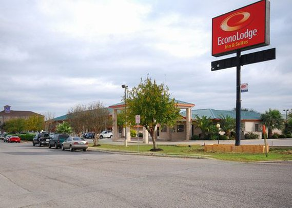 Econo Lodge Inn & Suites Fiesta Park