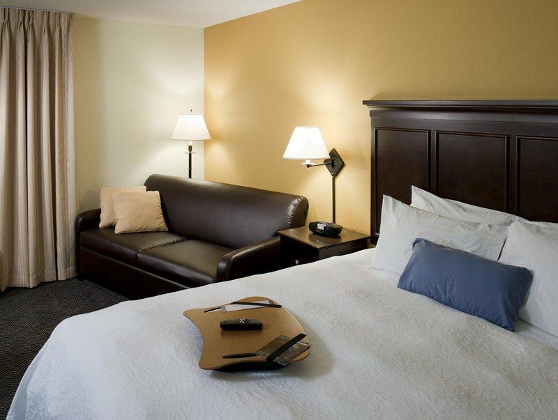 Hampton Inn - Suites Pueblo-Southgate