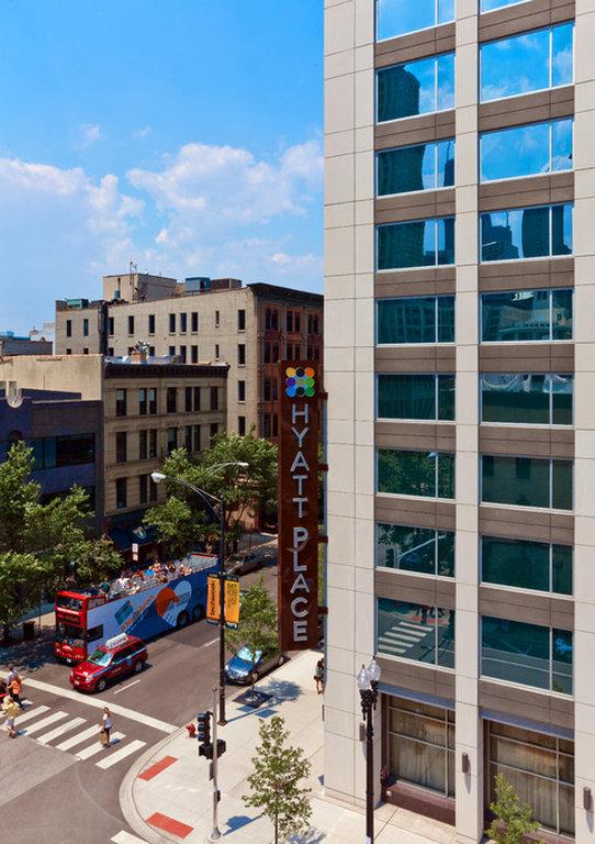 cfm chicago motels hyatt exterior p north hotels park lincoln pid river place poi illinois