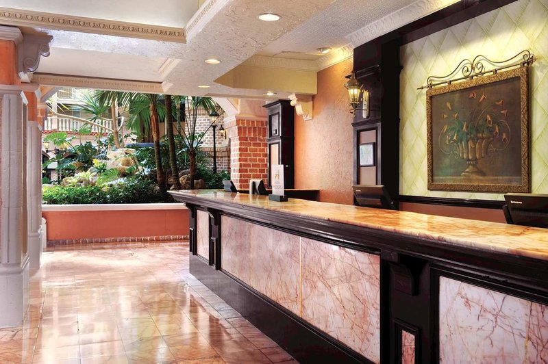 Embassy Suites Jacksonville - Baymeadows