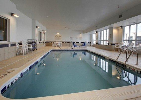 Comfort Inn & Suites Marion I 57