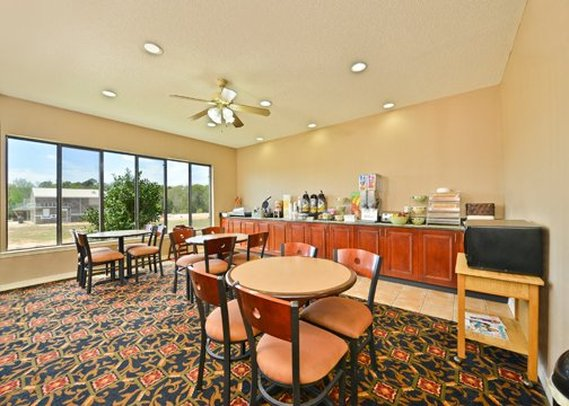 Quality Inn & Suites Northpark