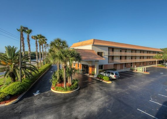 Quality Inn & Suites Saint Augustine Beach
