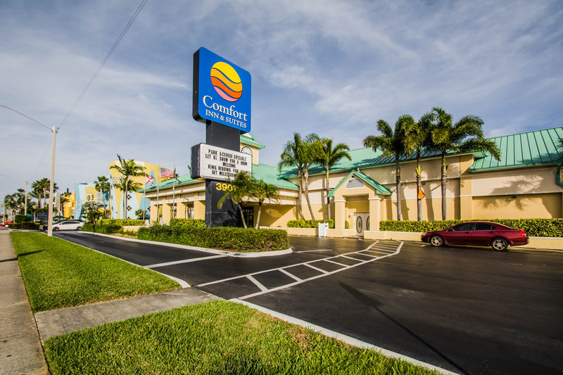 Comfort Inn & Suites Port Canaveral Area