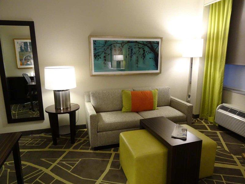 Homewood Suites Savannah Historic District / Riverfront