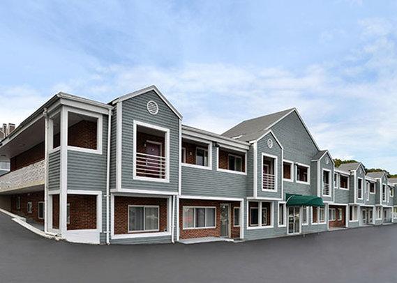 Econo Lodge Cranston