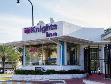 Knights Inn North Miami