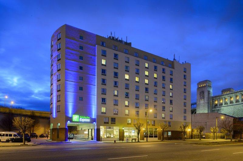 Holiday Inn Express Philadelphia Penns Landing