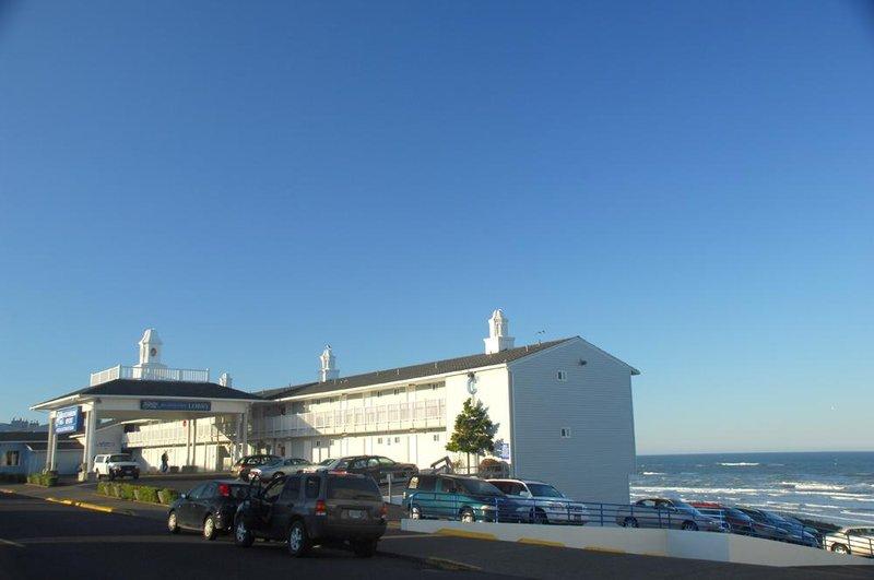 Shilo Inn Suites Oceanfront Resort  Newport