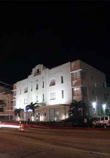 Carlton South Beach Hotel