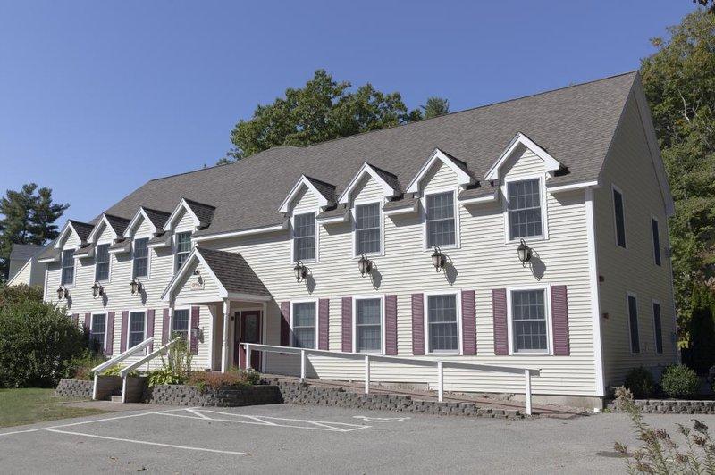 Admirals Inn Resort