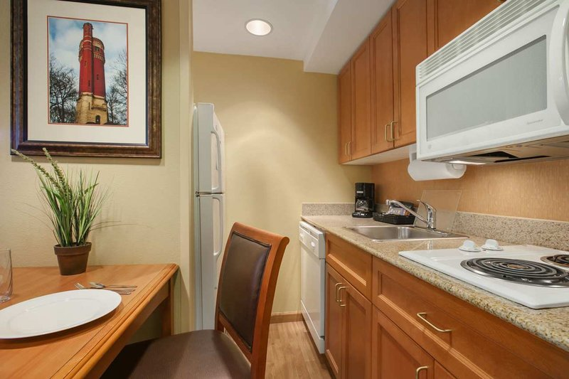 Homewood Suites By Hilton Cleveland-Solon OH