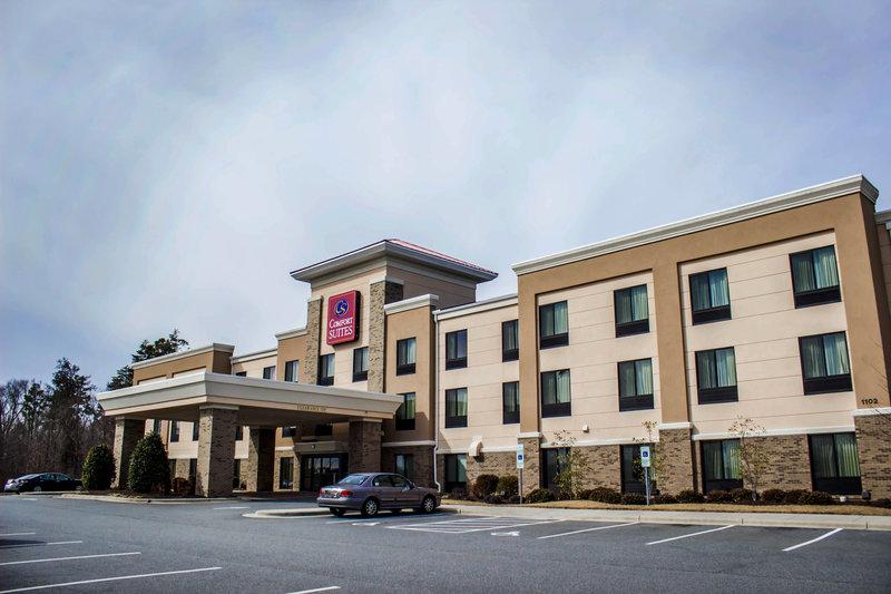 Comfort Suites Whitsett Greensboro East