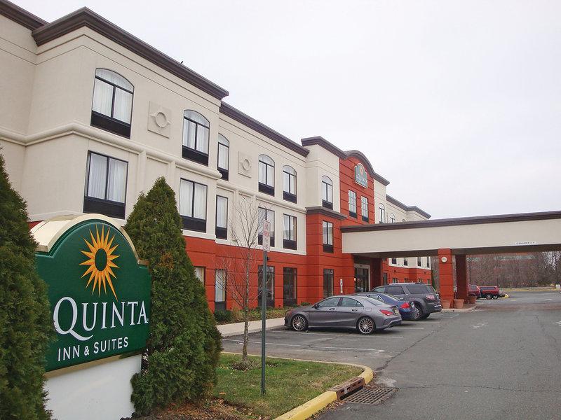 La Quinta Inn & Suites Mt Laurel - Philadelphia