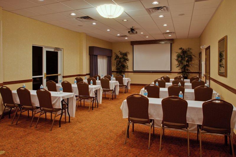 Holiday Inn Express Hotel & Suites Lakeland North I 4