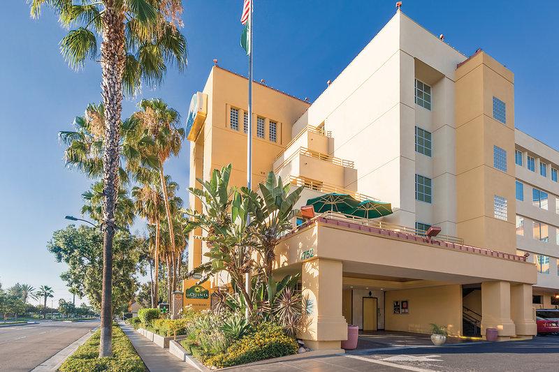 La Quinta Inn & Suites by Wyndham Anaheim