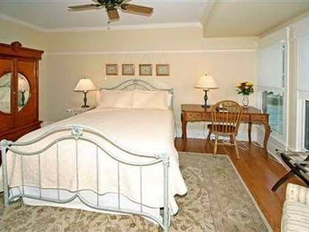 Barrington House Bed And Break