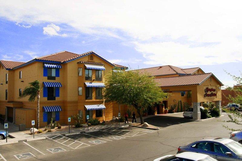 Hampton Inn - Suites Tucson Mall
