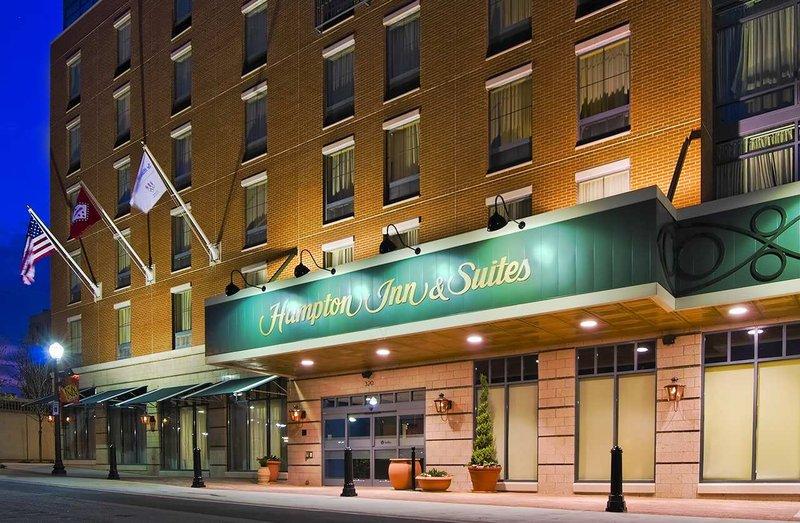 Hampton Inn - Suites Little Rock-Downtown