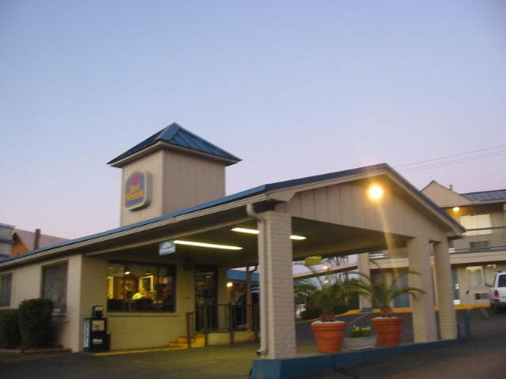 Americas Best Value Inn Center