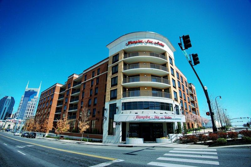 Hampton Inn - Suites Nashville-Downtown