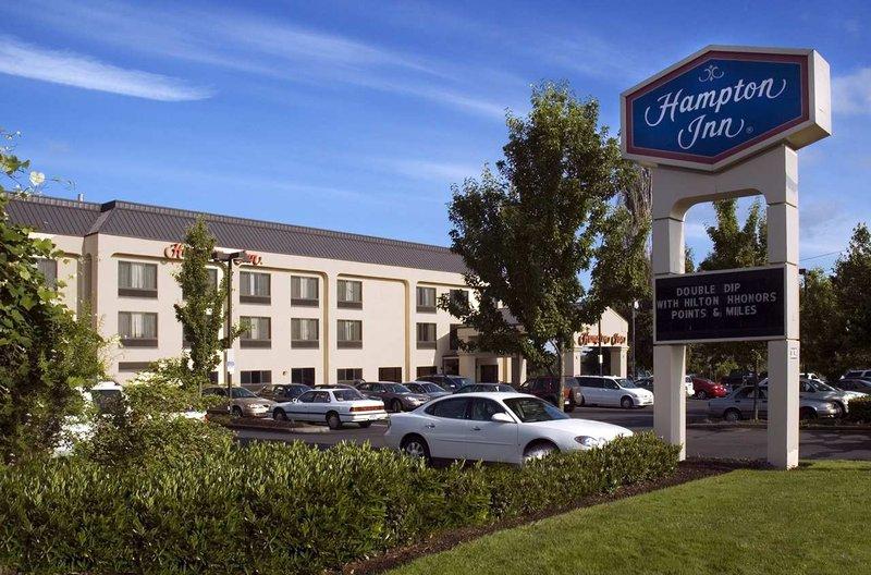 Hampton Inn Portland East