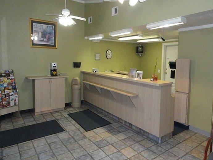 Red Carpet Inn And Suites Gastonia
