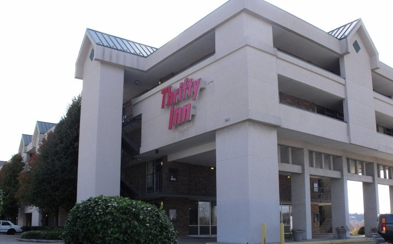 Thrifty Inn