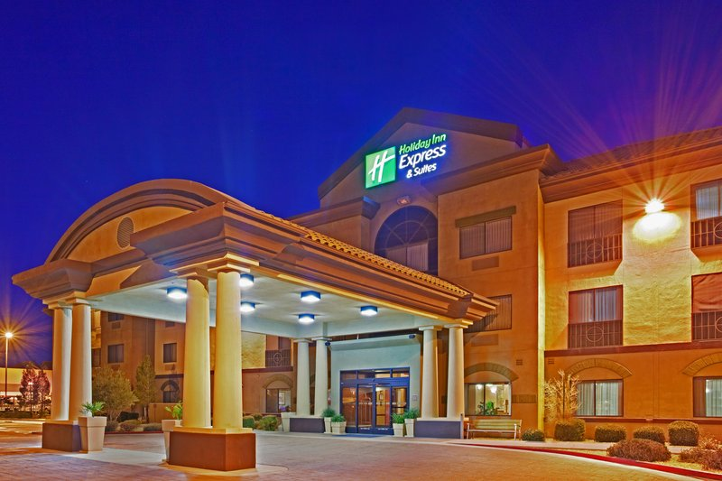 Holiday Inn Express Hotel & Suites Barstow Outlet Center