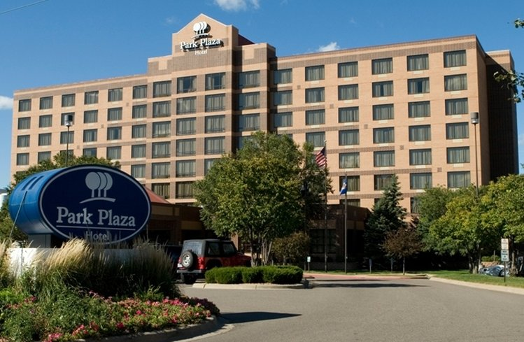 Park Plaza Bloomington