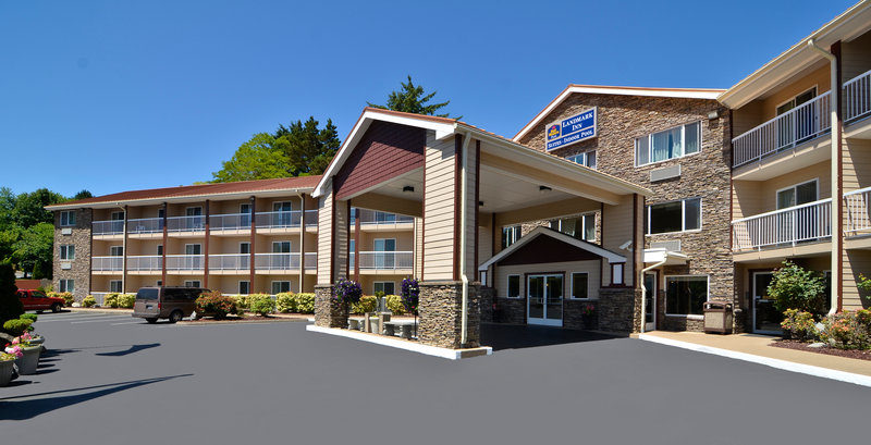 BEST WESTERN PLUS Landmark Inn