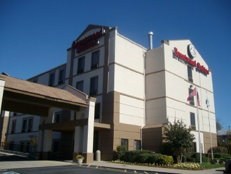 Brentwood Suites Hotel