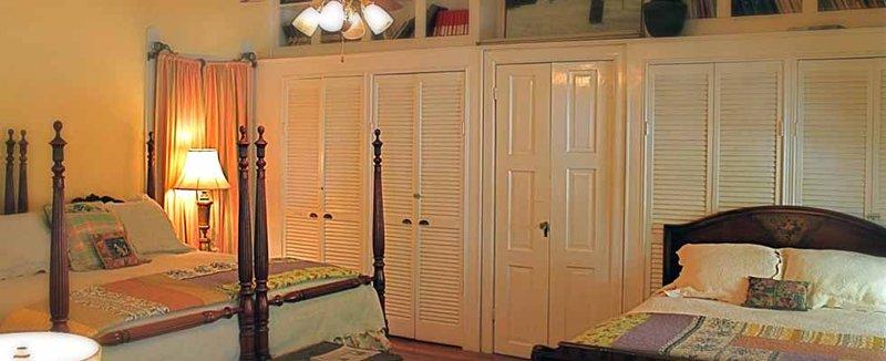 Edgeworth Inn And Campus Suite