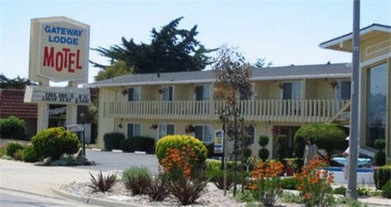 Gateway Thunderbird Motel