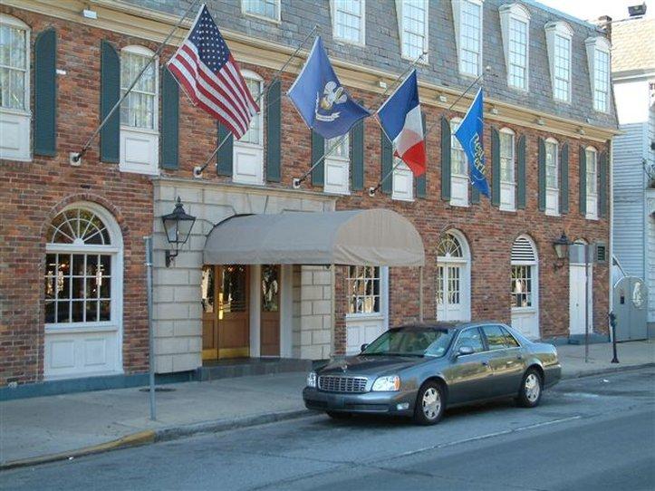 Best Western Plus French Quarter Courtyard Hotel