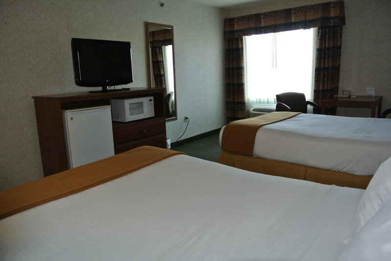Holiday Inn Express & Suites DAHLGREN