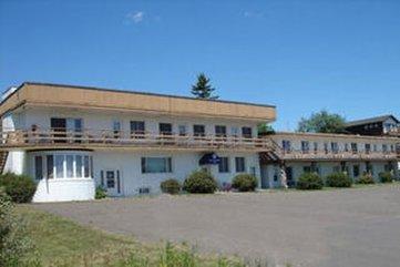 Cape Superior Inn
