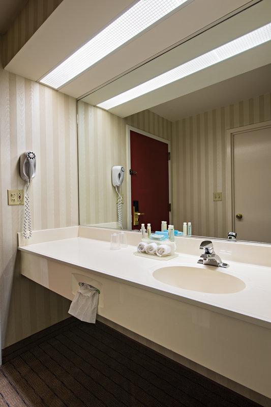 Holiday Inn Express Philadelphia NE Langhorne