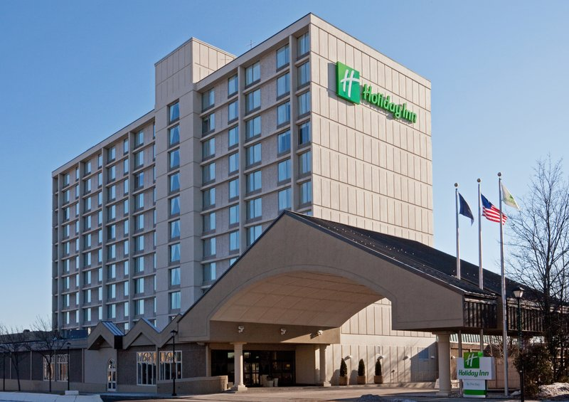 Holiday Inn PORTLAND-BY THE BAY