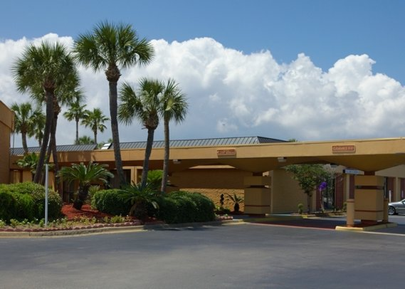 Quality Inn & Suites Gulf Breeze