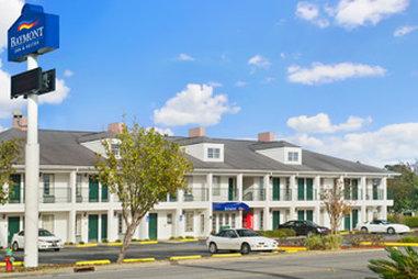 Baymont Inn & Suites Waycross