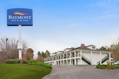 Baymont Inn & Suites Greenwood