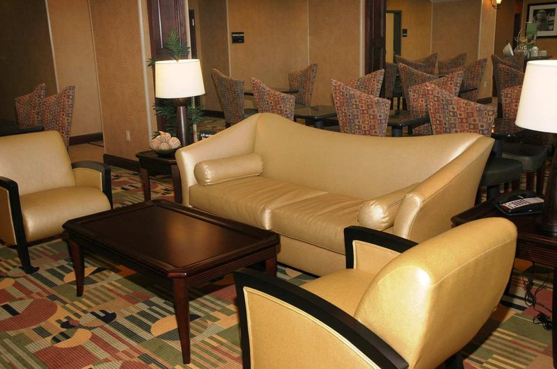 Hampton Inn - Suites Corsicana